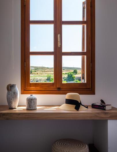 Milos Konstantinos Hotel   Superior Room with Sea View – 1st Floor   Rooms in Milos