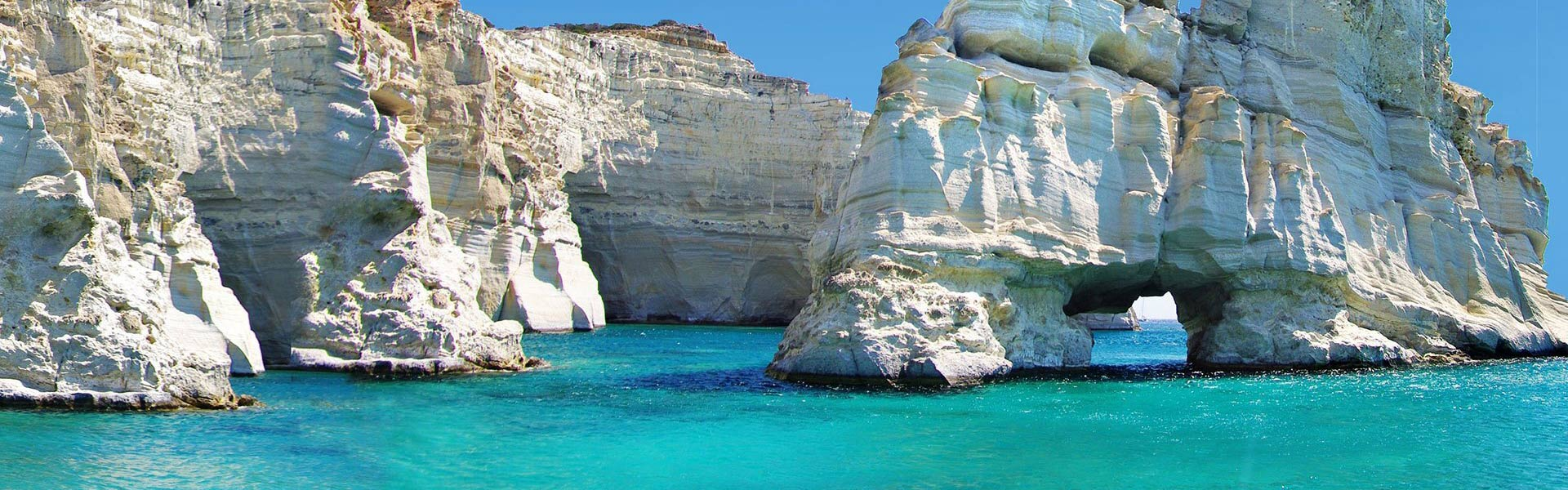 Konstantinos Bed & Breakfast | Accommodation in Milos Island | Hotel in Milos