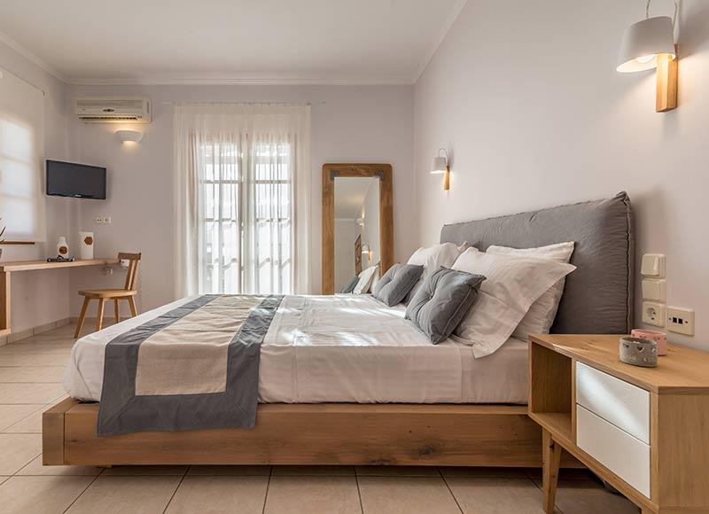 Milos Konstantinos Hotel | Superior Room with Sea View – 1st Floor | Rooms in Milos