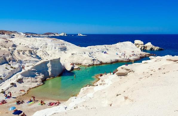 Hotel in Milos | Beaches of Milos | Sarakiniko Beach