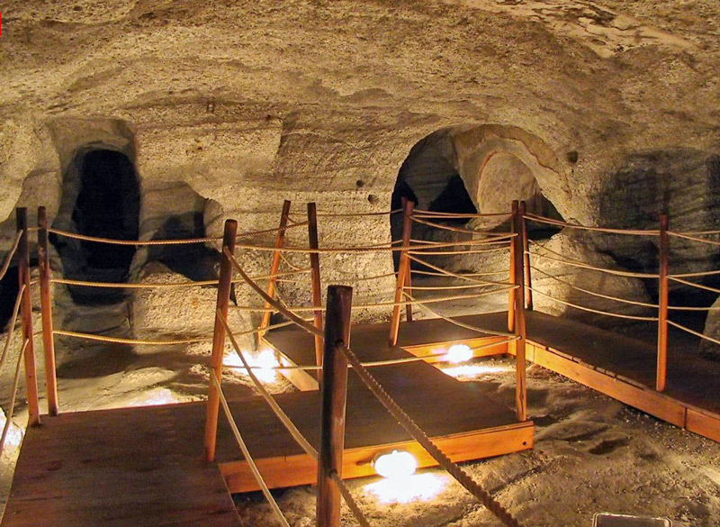 Hotel in Milos | Places of Milos | Catacombs of Milos