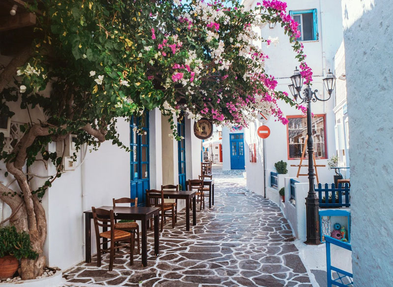 Hotel in Milos | Places of Milos | Plaka